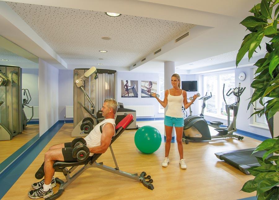 Fitnessraum gestalten  Fitness & Fitnessclub im Hotel Sägerhof im Tannheimer Tal